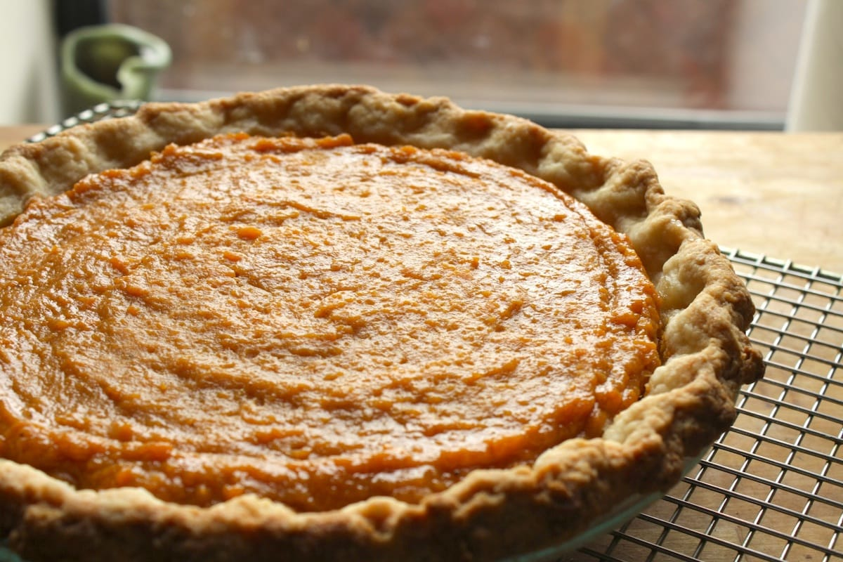 Salted Honey Sweet Potato Pie | The Hungry Hutch