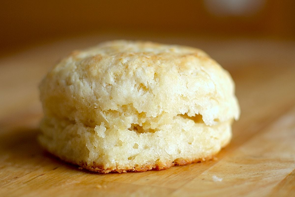 Buttermilk Biscuits | The Hungry Hutch