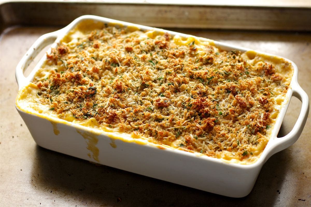 Baked Macaroni and Cheese with Parmesan Breadcrumbs