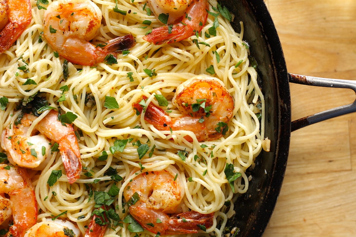 Shrimp Scampi With Pasta Recipe The Hungry Hutch