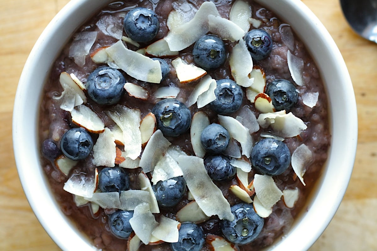 Slow Cooker Blueberry Oatmeal Recipe